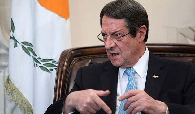 Anastasiadis: Gaz konusu müzakere masasında değil