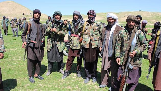 ABD'li komutan: Rusya, Taliban'ı silahlandırıyor