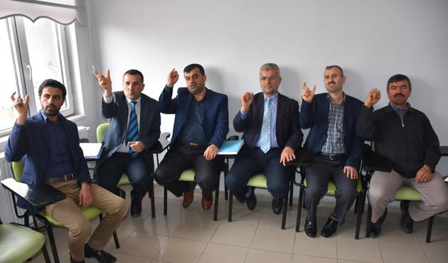 İmamlara işaret dili eğitimi
