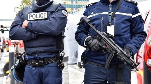 Fransa'da terör saldırısı hazırlığındaki iki kardeş yakalandı