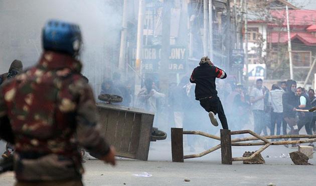 İslam İşbirliği Teşkilatı'ndan Keşmir'deki şiddet olaylarını kınama