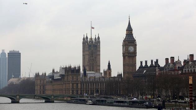 İngilizler İslamofobiye tepki gösterdi