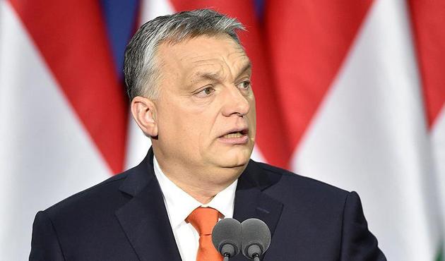 Macaristan'da mülteci karşıtı Orban'ın galibiyeti kesin gibi