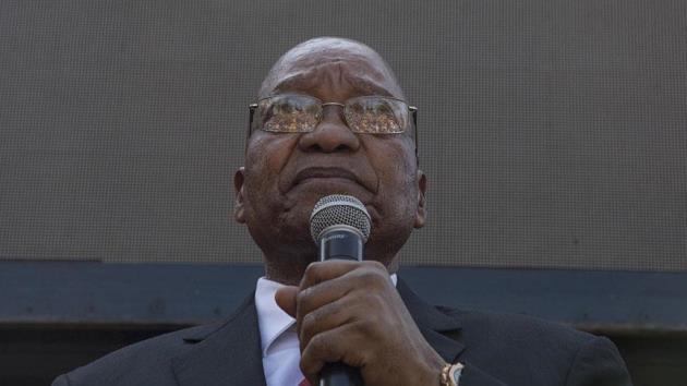 Zuma ilk kez hakim karşısında