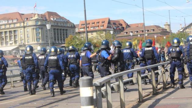 İsviçre polisi YPG/PKK yandaşlarına göz yummadı