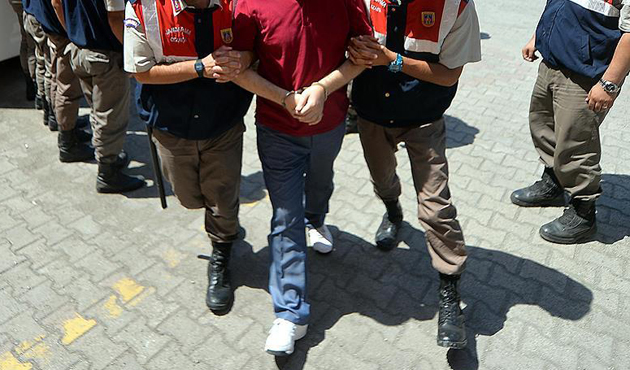 FETÖ soruşturmasında 140 muvazzaf asker için gözaltı kararı