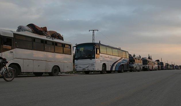 Dumalıların tahliye konvoyuna rejim bölgesinde silahlı saldırı