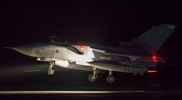 Katar ve Bahreyn'den, ABD'nin Suriye operasyonuna destek