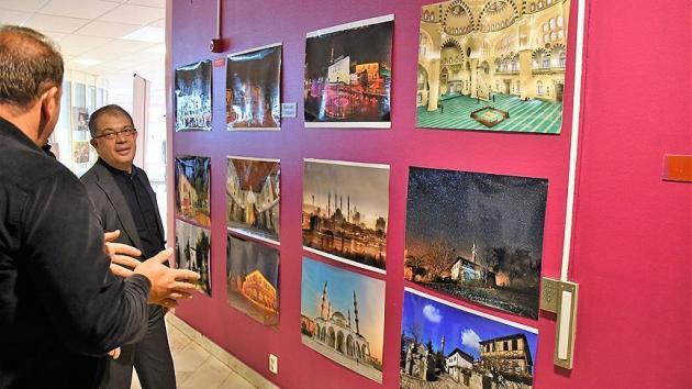 Stockholm'de 'Türkiye ve Camiler' resim sergisi açıldı