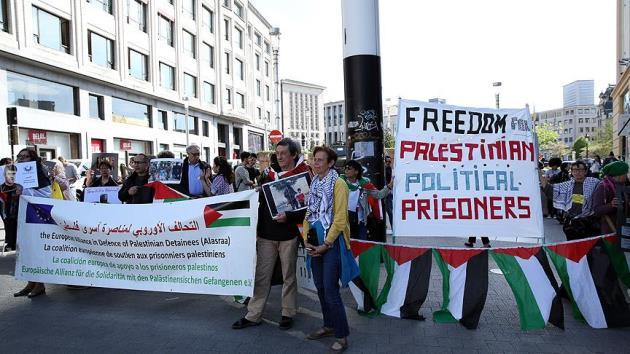 Brüksel'de STK'lar Filistin Esirler Günü için toplandı