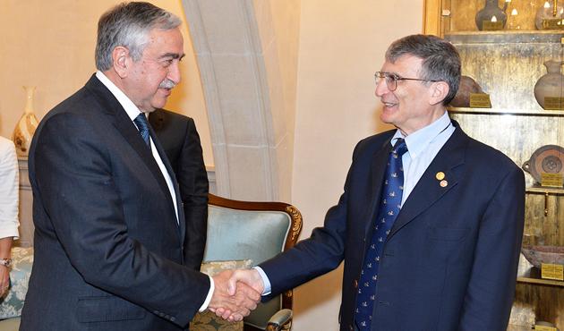 KKTC Cumhurbaşkanı Akıncı, Aziz Sancar ile görüştü