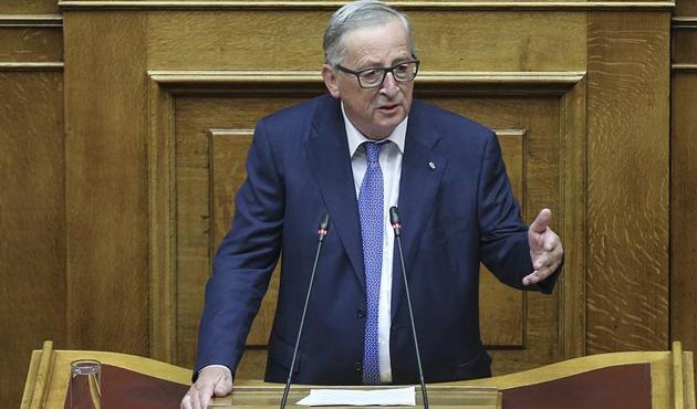 Juncker'den tutuklu 'iki Yunan askeri' için haddi aşan çağrı