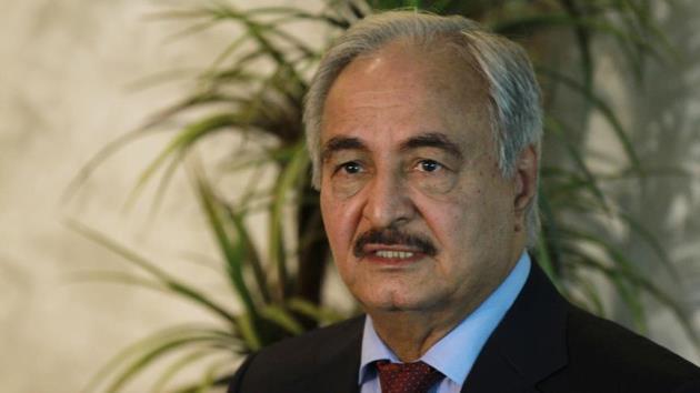 Öldüğü iddia edilen darbeci General Hafter Libya'ya döndü