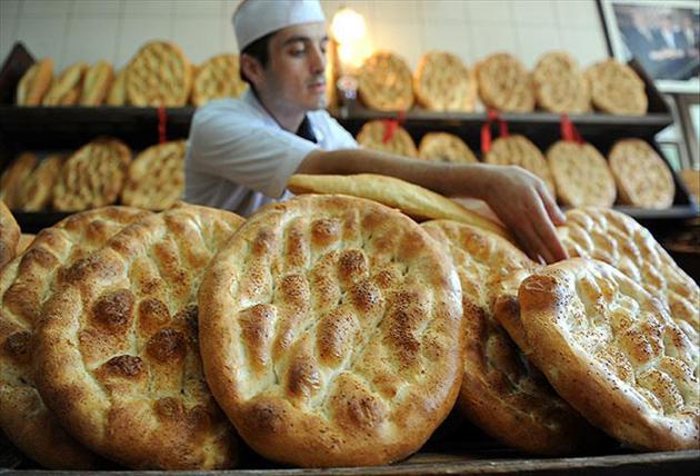 Ankara ve İstanbul'da Ramazan pidesi 2 liradan satılacak