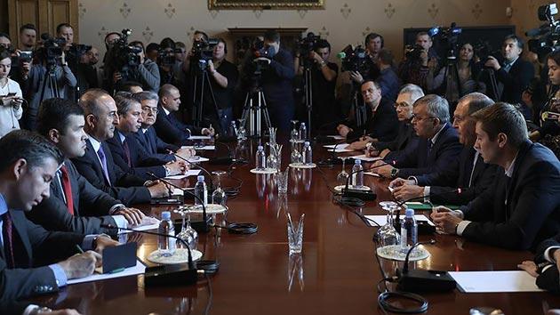 Türkiye-İran-Rusya Dışişleri Bakanları Moskova'da bir araya geldi