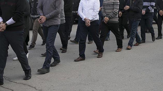 FETÖ soruşturmasında 72 albay için gözaltı kararı