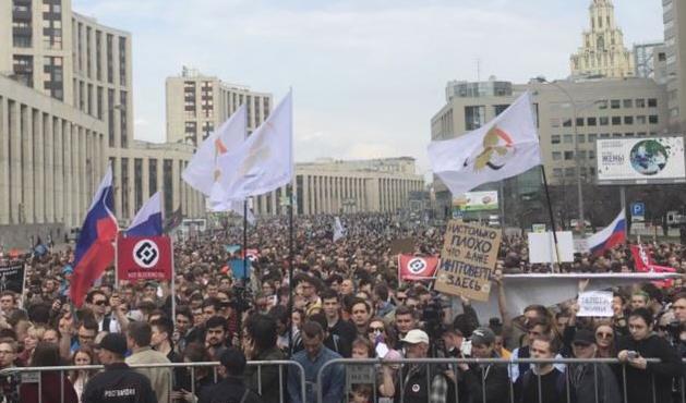Moskova'da 'Telegram yasağı' protesto edildi
