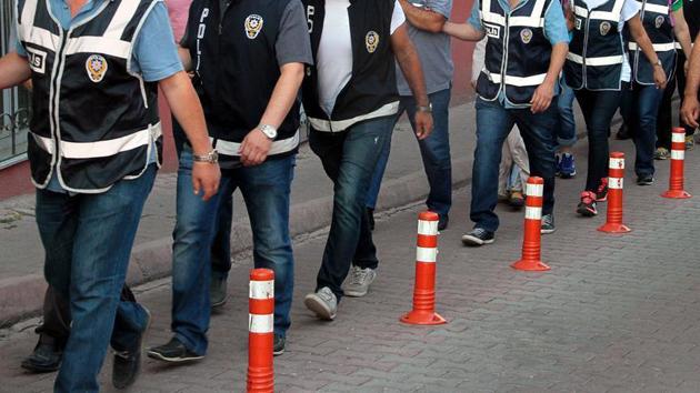 FETÖ'nün 'emniyet mahrem yapılanması'na operasyonda 32 gözaltı
