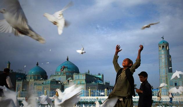 Endonezya'da Afganistan barışı için üçlü din adamları toplantısı