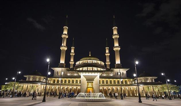 Beştepe Millet Camii'nde enderun usulü teravih kılınacak
