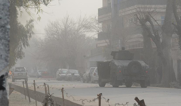Afganistan'da mayın temizleyen işçilere saldırı: 5 ölü