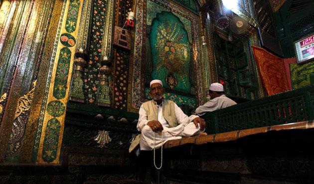 Keşmir'de operasyonlara Ramazan arası