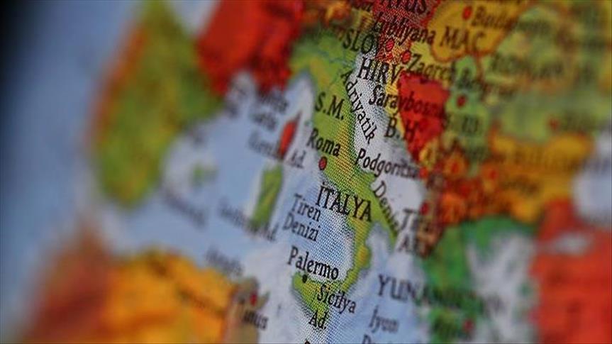 İtalya'da sığınmacılara çirkin saldırı