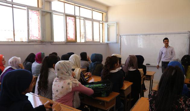 Afrin'de okul eğitimi başladı