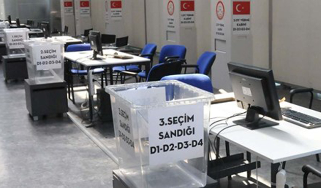 Atatürk Havalimanı'nda seçim sandıkları kuruldu