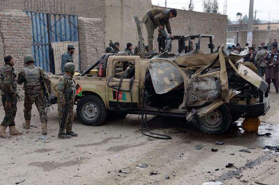Taliban'dan karakol saldırısı: 42 ölü