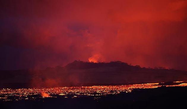 Kilauea Yanardağı'ndaki lavları izlemek isteyenlere gözaltı