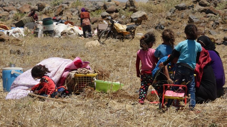 Dera'dan göç eden sivillerin sayısı 200 bine yaklaştı