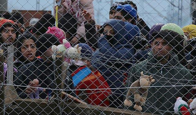İsviçre sığınmacılara kapıyı kapattı