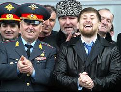 Muhalifleri sindiren Kadirov tek adam olma yolunda!