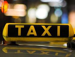 Paris'te taksi şoförleri greve gitti