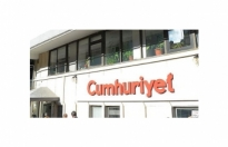 Yargıtay, Cumhuriyet Gazetesi yazarlarının beraatini istedi