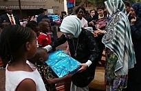 Emine Erdoğan'dan Afrikalı kadınlar için şans istedi