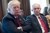 Köşeye sıkışan Trump kendi bakanını suçladı