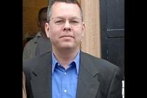 Andrew Brunson kimdir, ne ile suçlanıyor, neden tutuklandı, FETÖ ile bağlantısı var mı?