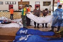 Endonezya'daki tsunamide ölü sayısı 281