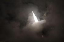 İsrail, Suriye'den atılan uçaksavar füzesinin vurulduğunu duyurdu