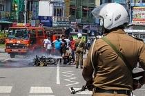Sri Lanka'da Müslümanlara ait dükkanlara ve araçlara saldırı