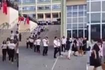 Kadıköy Anadolu Lisesinde rezil karşılama.. Simitler taş gibi atıldı