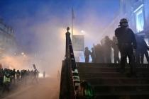 Fransa'da emeklilik reformunu protesto gösterilerinde 13 gözaltı