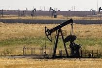 Amerikan ve Rus askerleri petrol sahasında karşı karşıya geldi