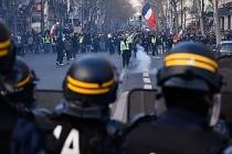 Fransa'da sarı yeleklilerin gösterileri 69'uncu haftasında
