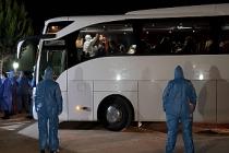 Yurt dışından gelen yolcular Kocaeli'de öğrenci yurduna yerleştirildi
