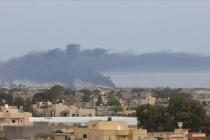 Libya Ordusundan Hafter milislerinin işgalindeki Vatiyye üssüne hava harekatı