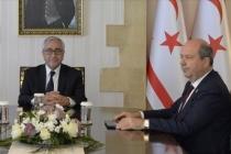 KKTC'li siyasiler Rum kesiminde camiye Bizans bayrağı asılmasını kınadı