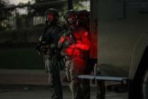 Polis kurşunu felç etti